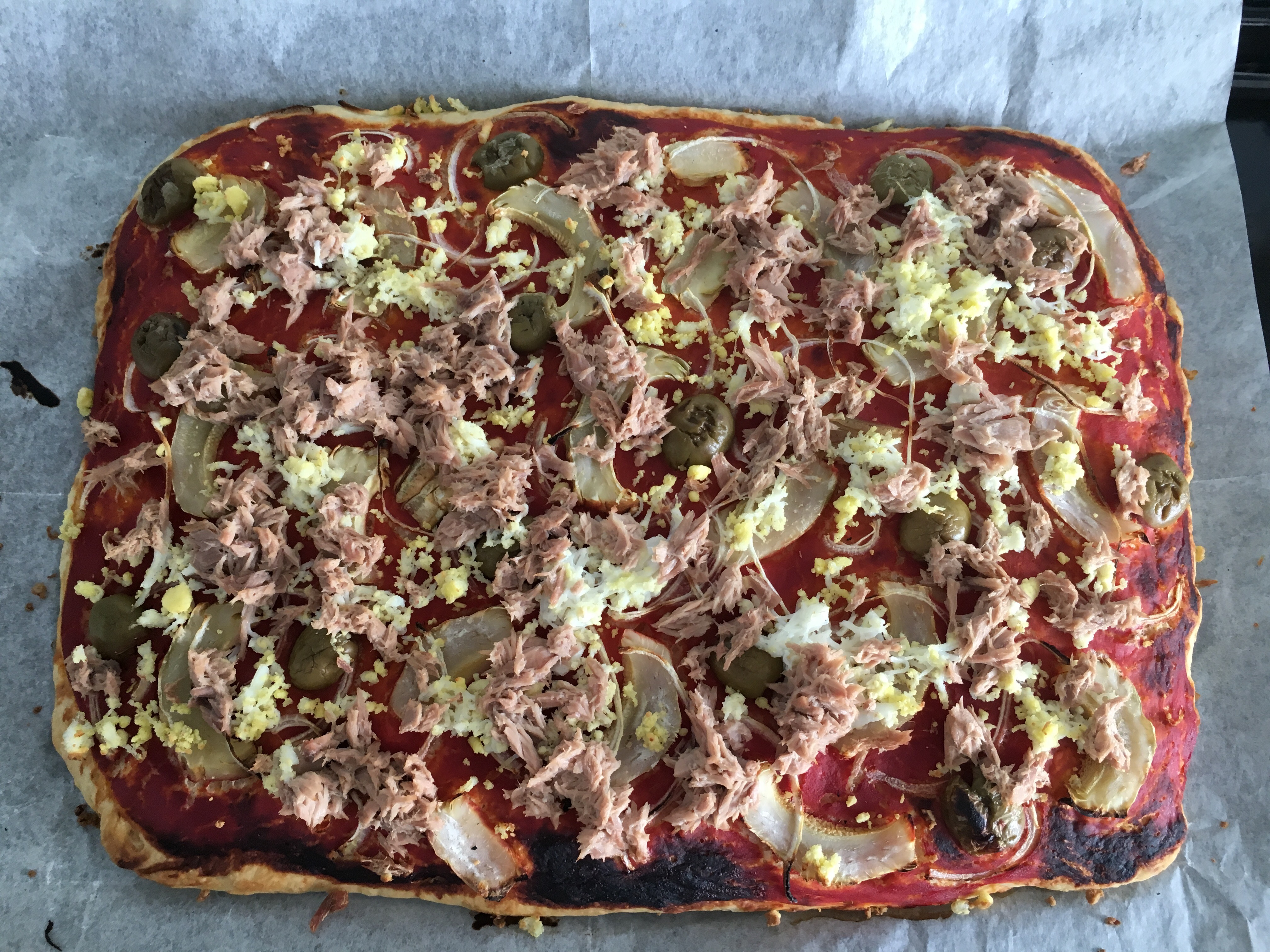 Pizza tunisienne - sans fromage