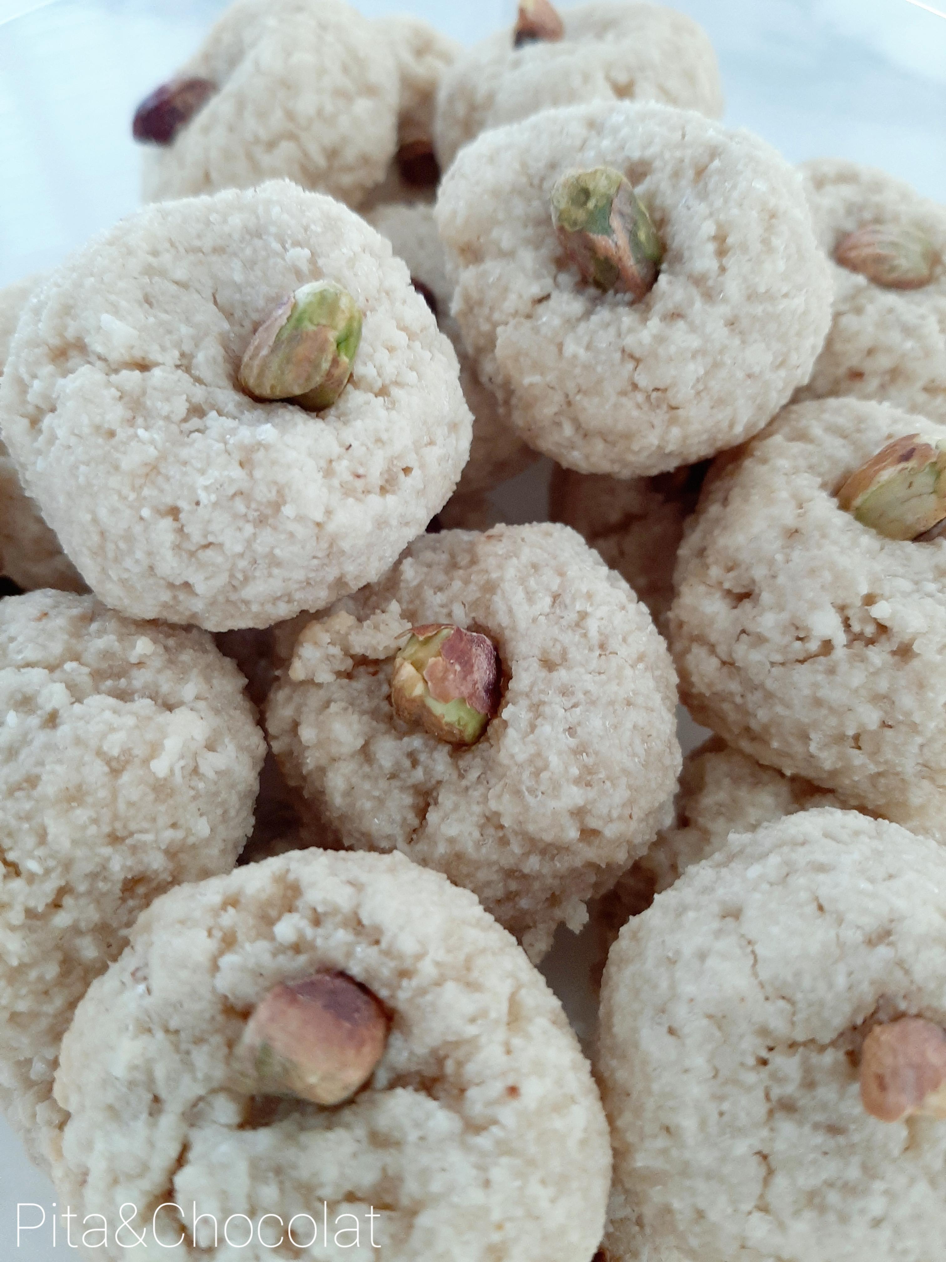 Amaretti à la fleur d'oranger - petits gâteaux italiens