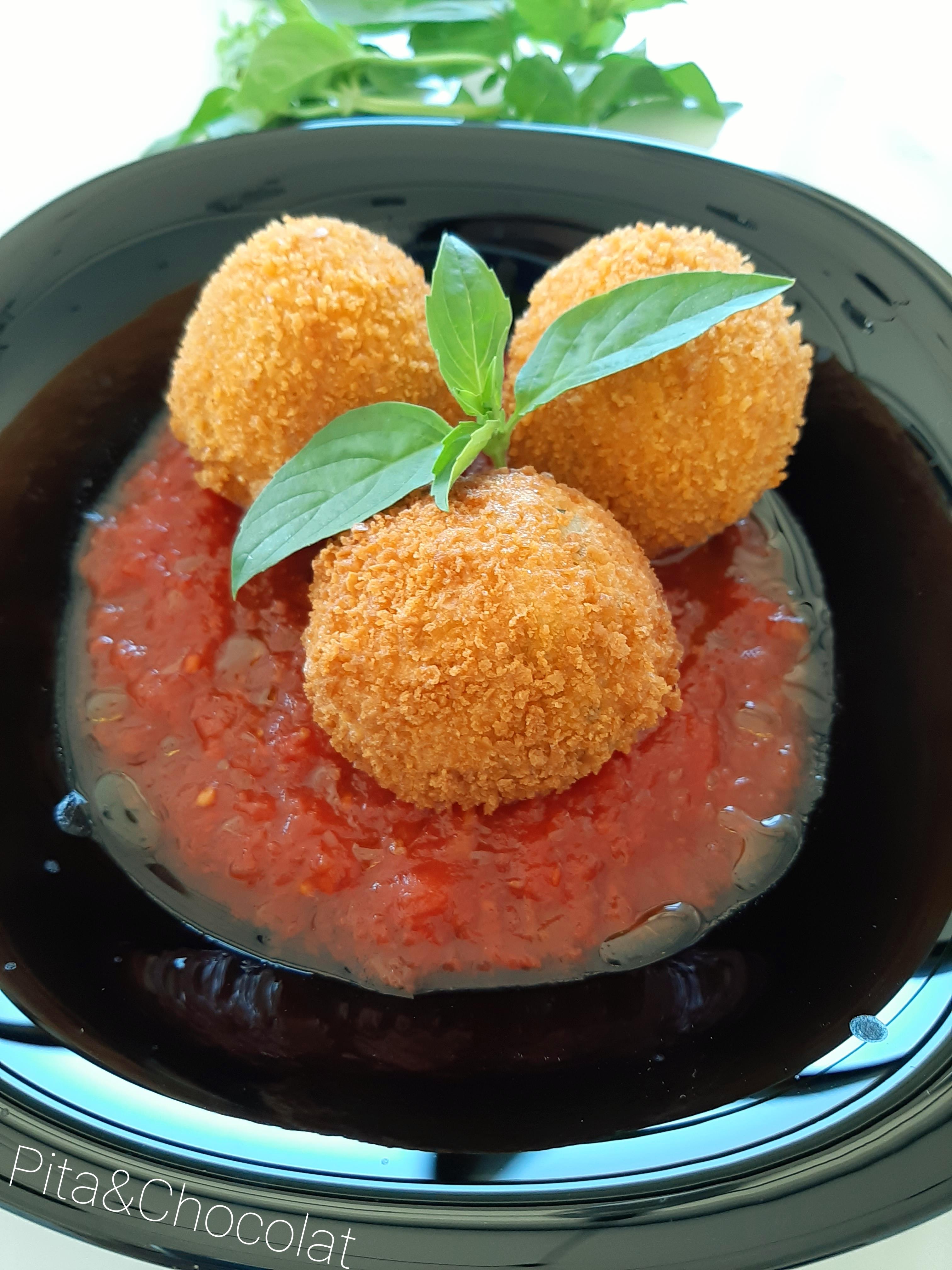 Arancini au pesto - boules de risotto panées