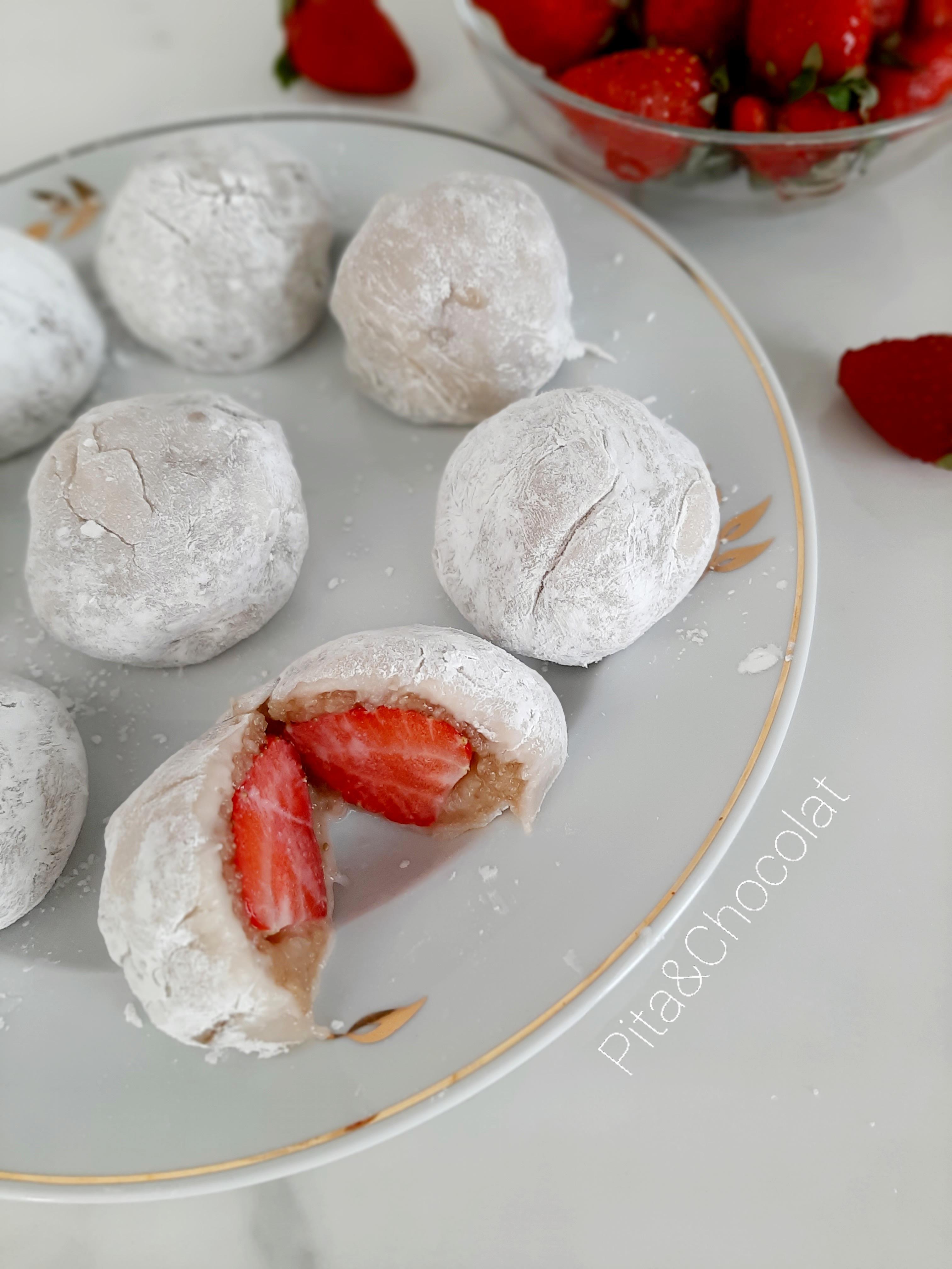 Mochi fraise et amande - Daifuku de printemps