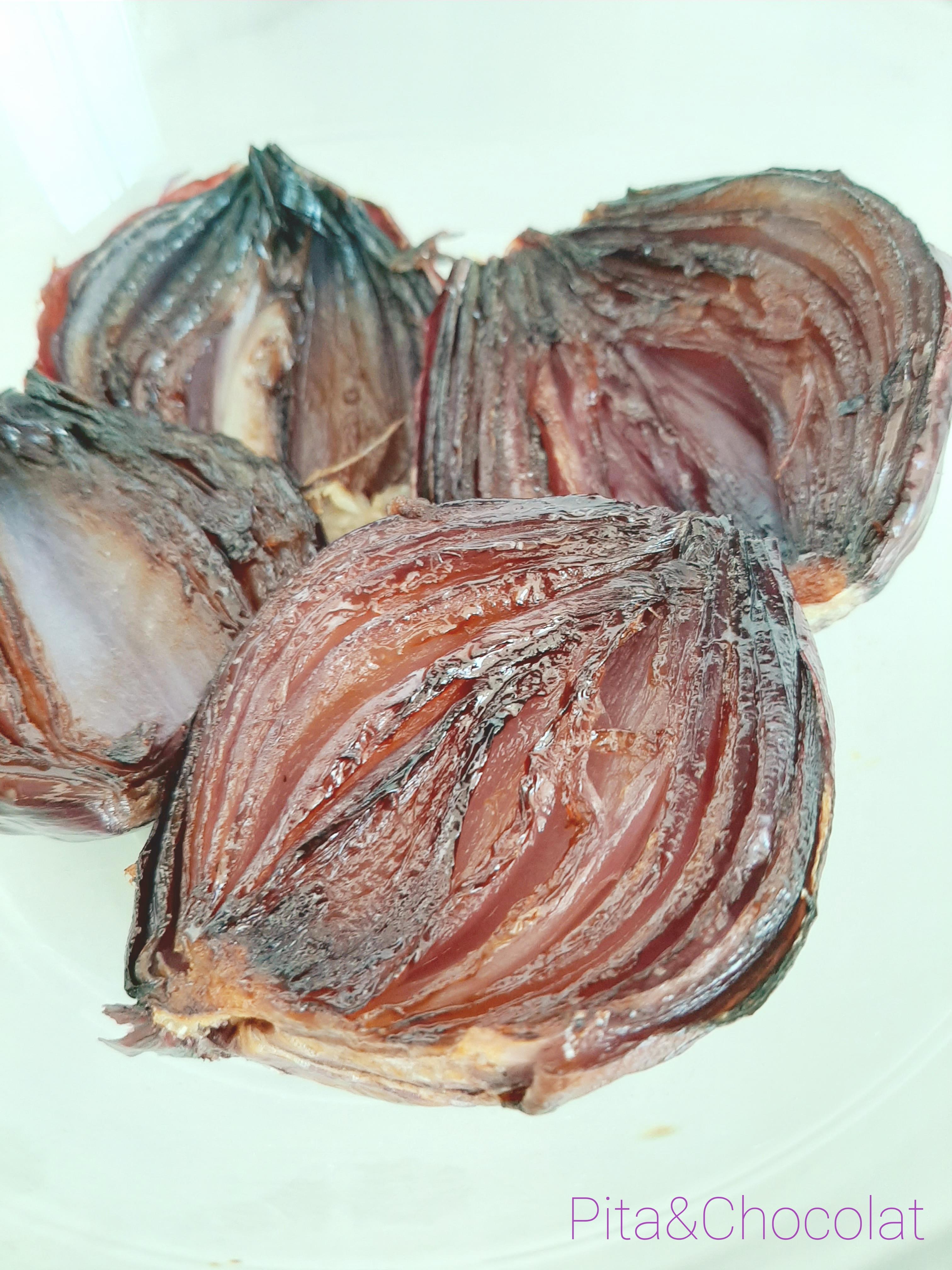 Oignons rôtis au four