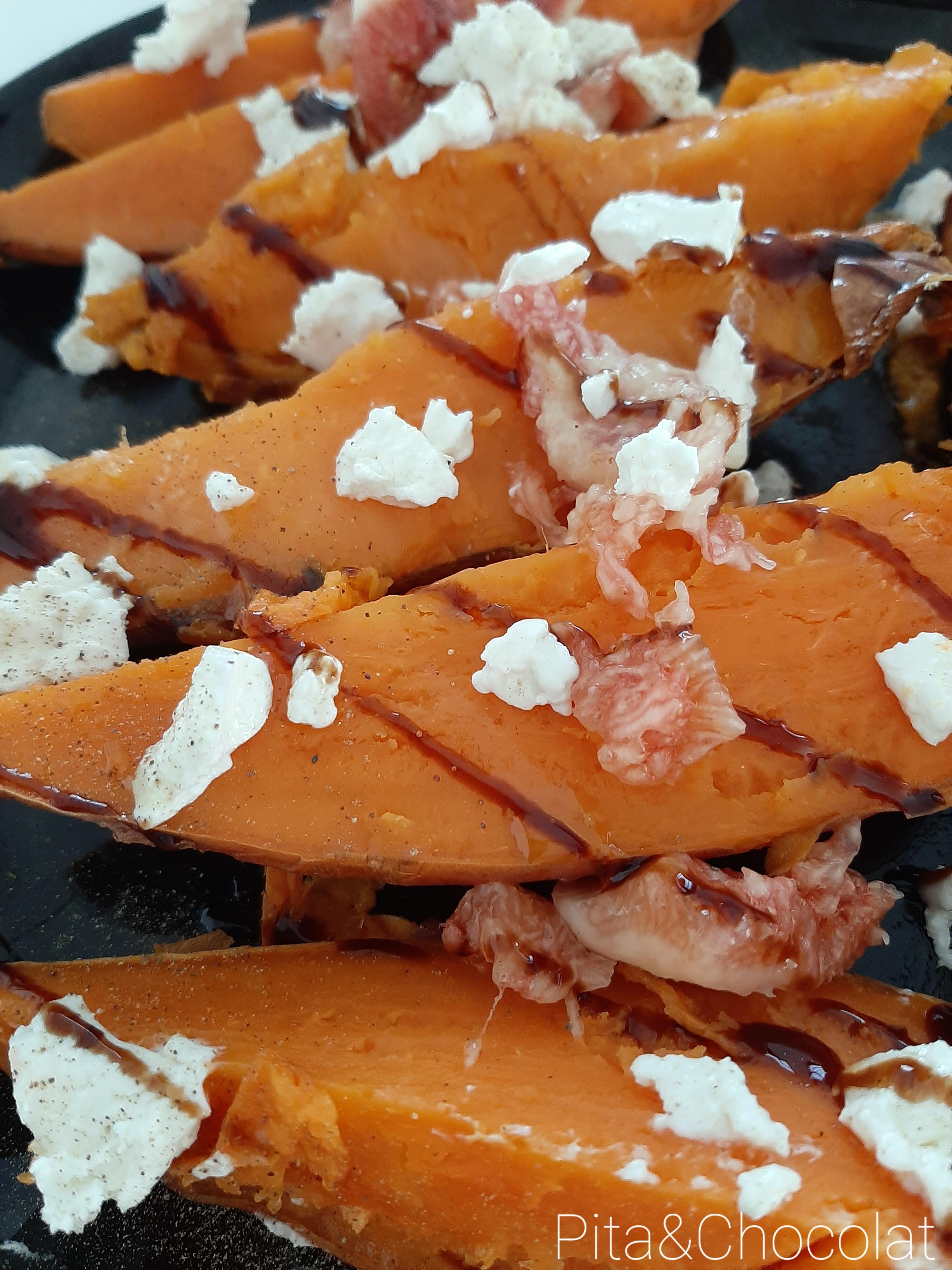 Patates douces rôties, figues au balsamique et fromage de chèvre