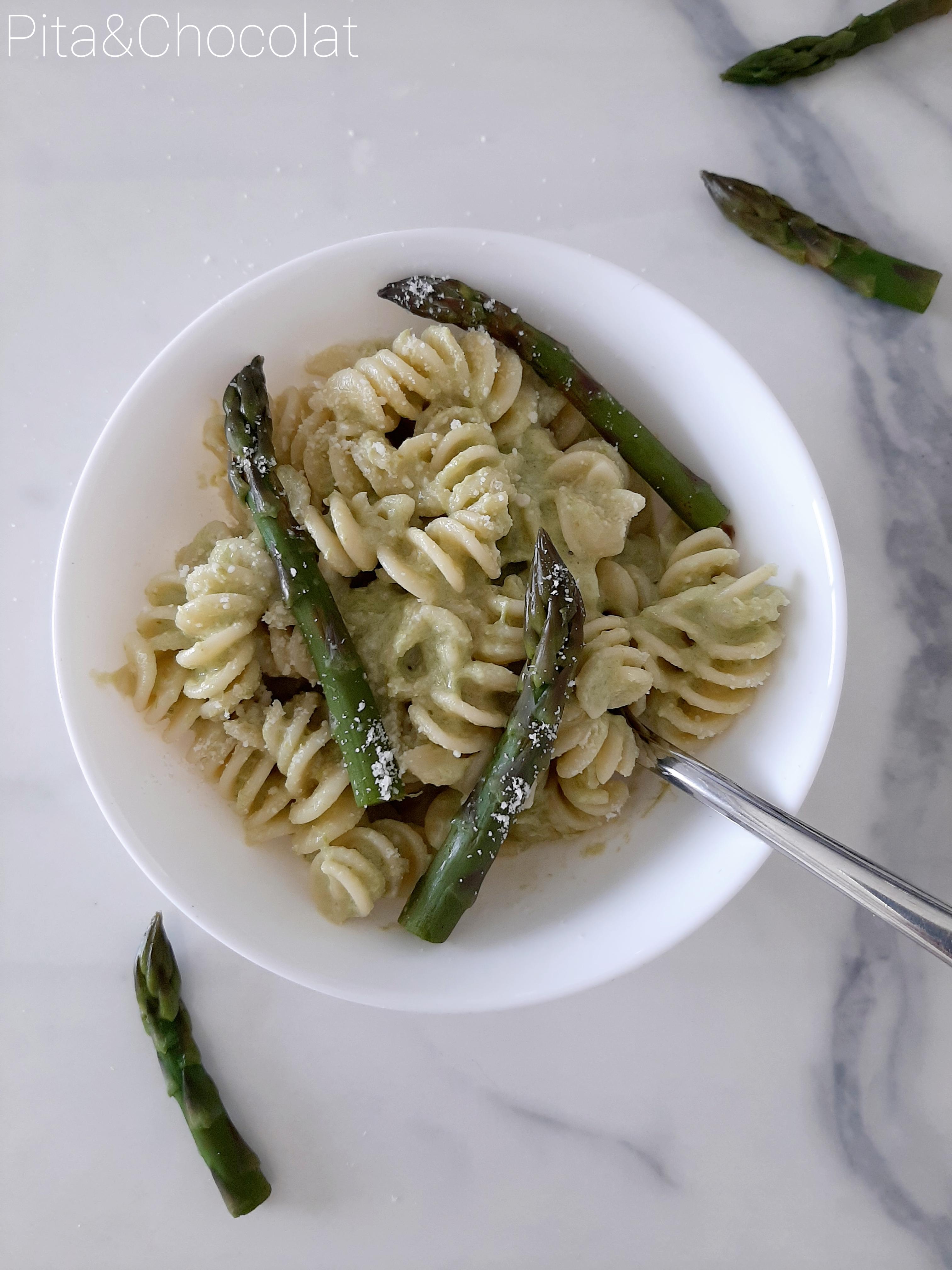 Fusilli à la crème d'asperges et parmesan