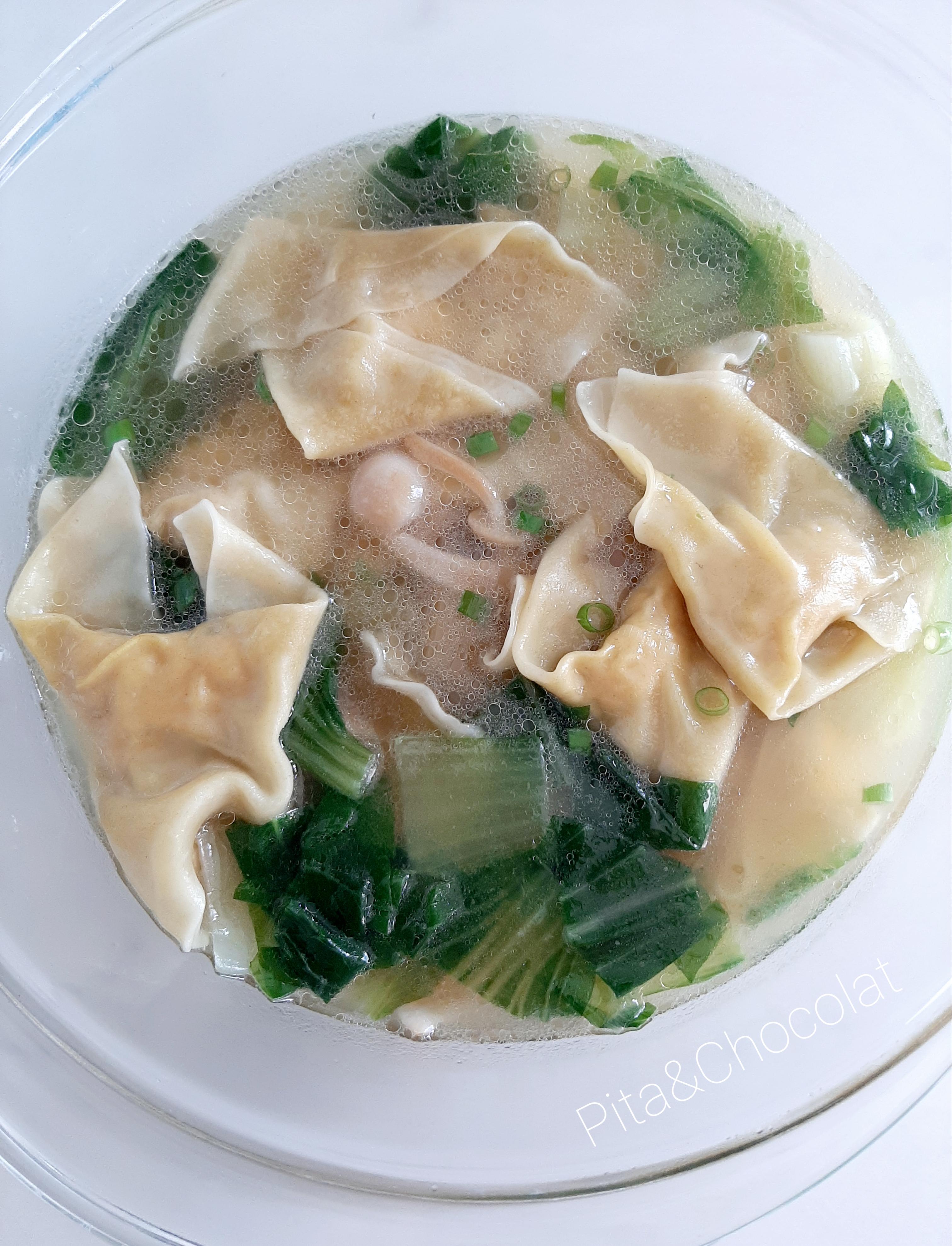 Soupe won ton - potage aux ravioli chinois